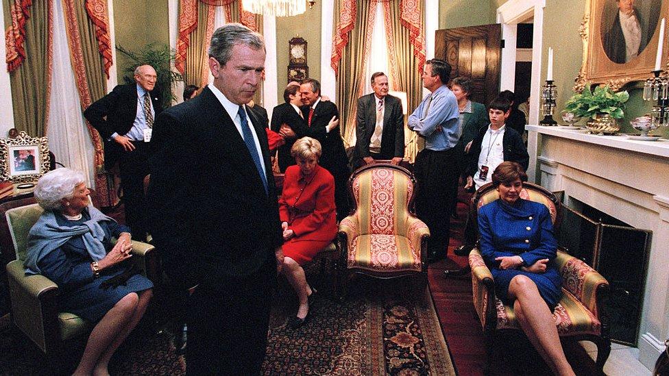 Bush y su familia el día de la elección