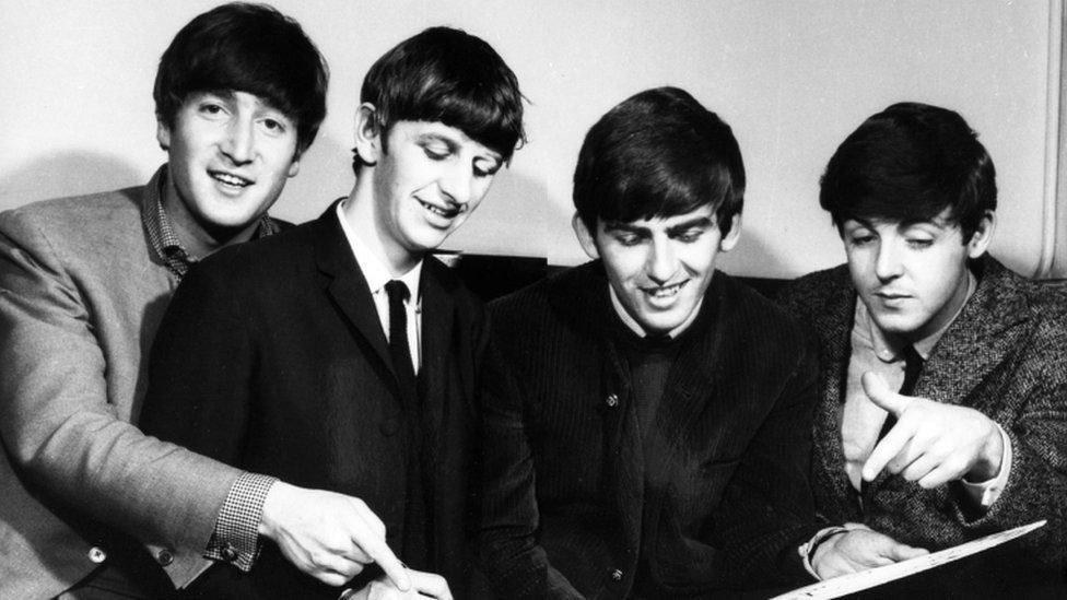 The Beatles merekam semua album mereka di Abbey Road termasuk Help! dan Sgt Pepper's.