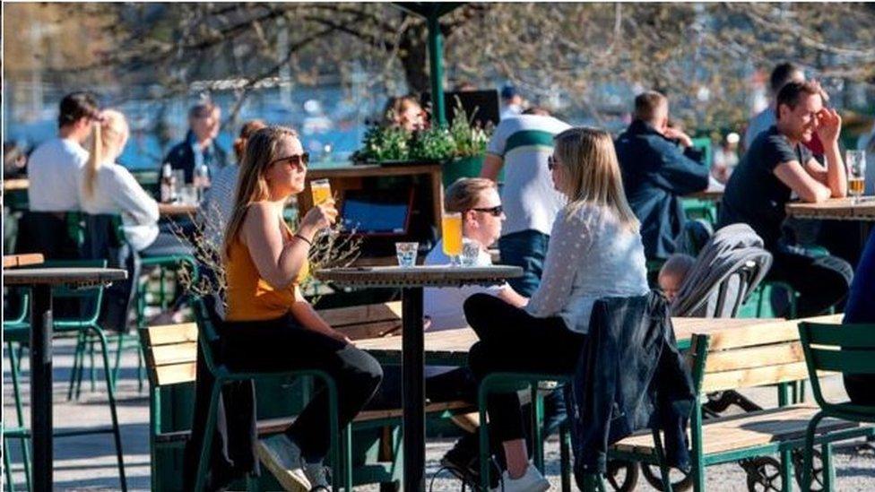 瑞典公共衛生局的首席流行病學家安德斯•泰格內爾預計斯德哥爾摩市本月就能實現群體免疫