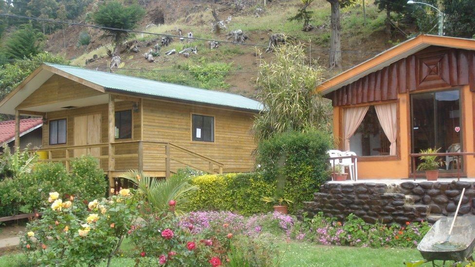 La cabaña donde se estaba hospedando Helen junto a sus hijos.