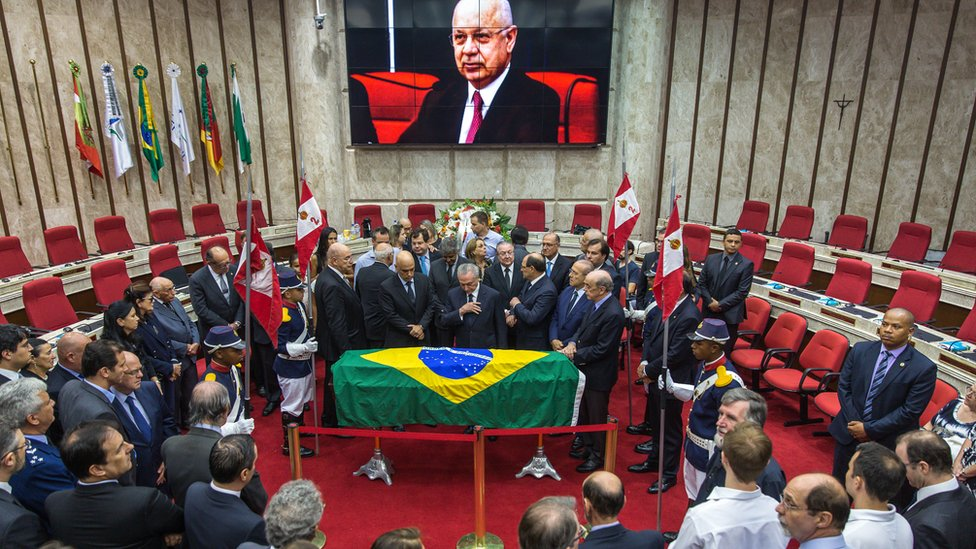 President Temer (C) at the funeral of Teori Zavascki, the supreme court judge who once led Operation Car Wash
