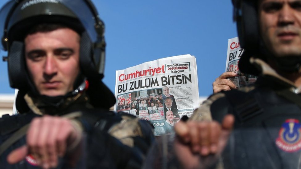 Turkish military police secure the front of Silivri Prison during the trial of Cumhuriyet newspaper staff in Istanbul