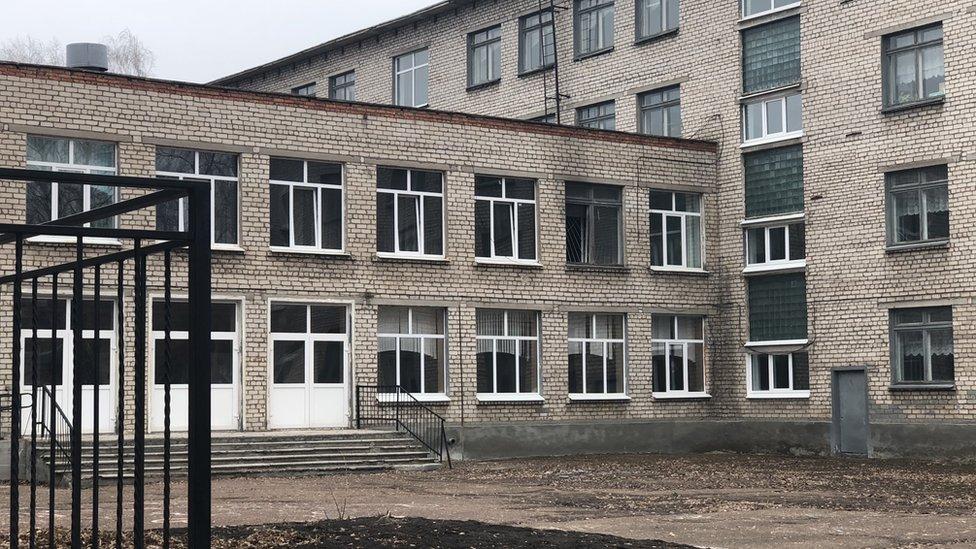 """""""Мне никто не хочет помочь"""": почему башкирский подросток напал на школу"""