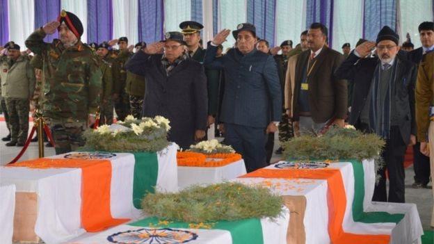 पुलवामा हमले में मारे गए सैनिक