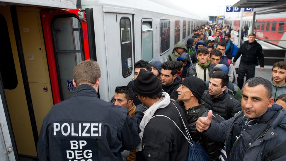 Migrants in Passau, Germany, Nov 2015