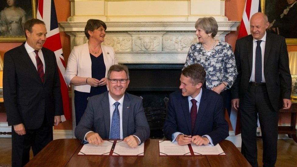 Signing DUP-Tory deal