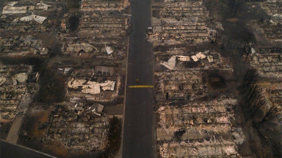 الحرائق انتشرت في أربع ولايات.