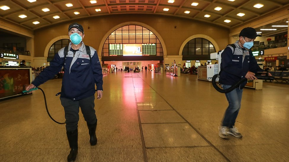 Китайский коронавирус: как посадить на карантин целый город?