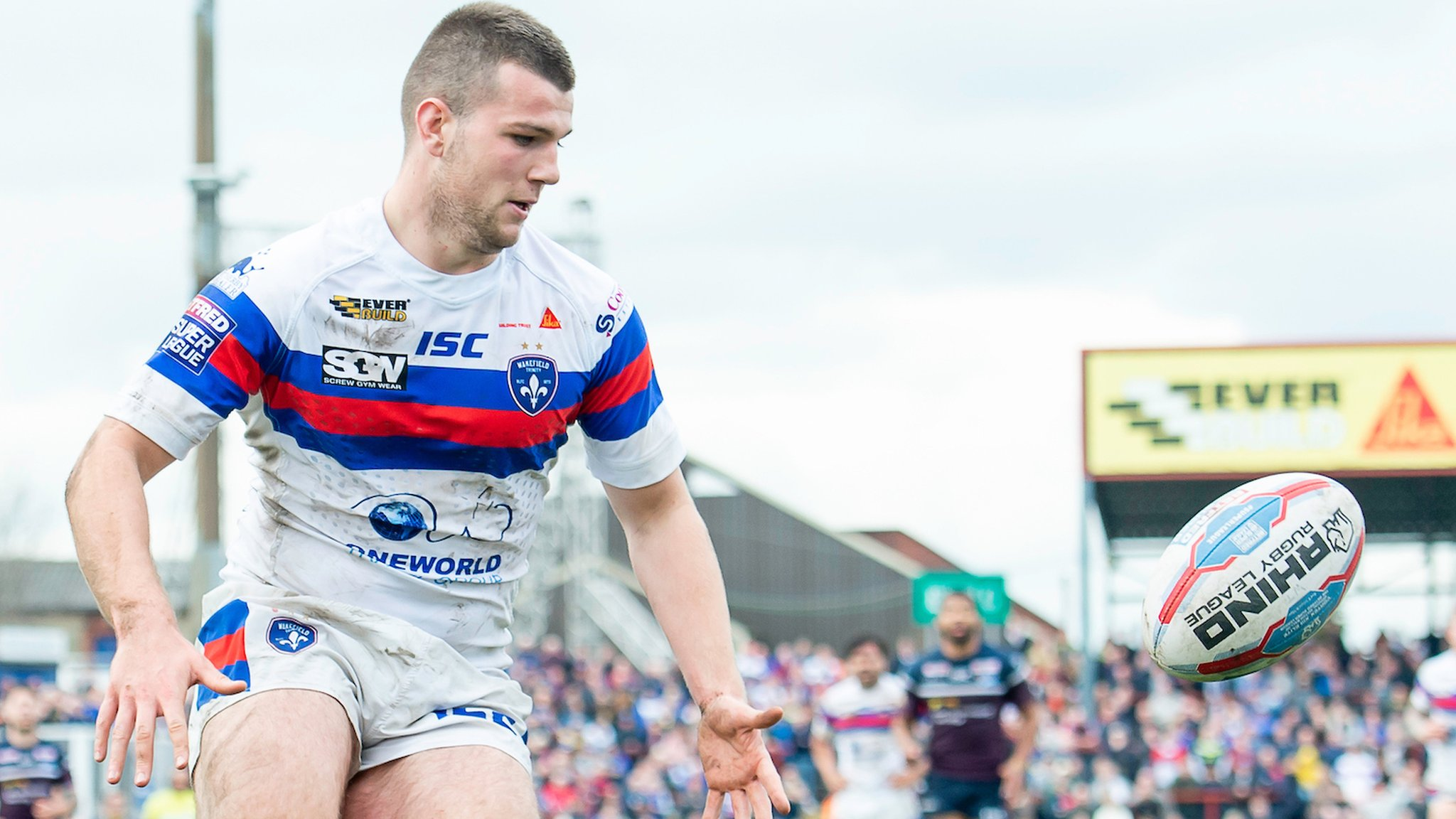 Max Jowitt: Wakefield Trinity full-back signs new three-year contract