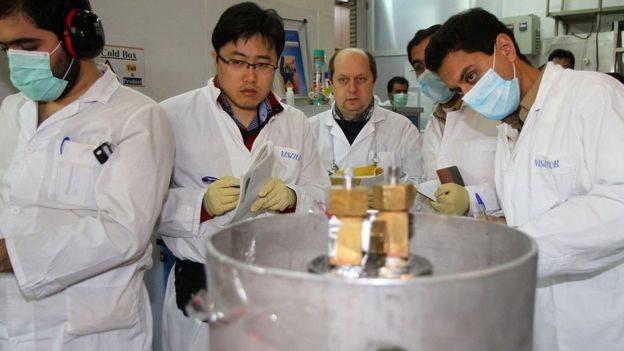Inspectores de OIEA en Irán.