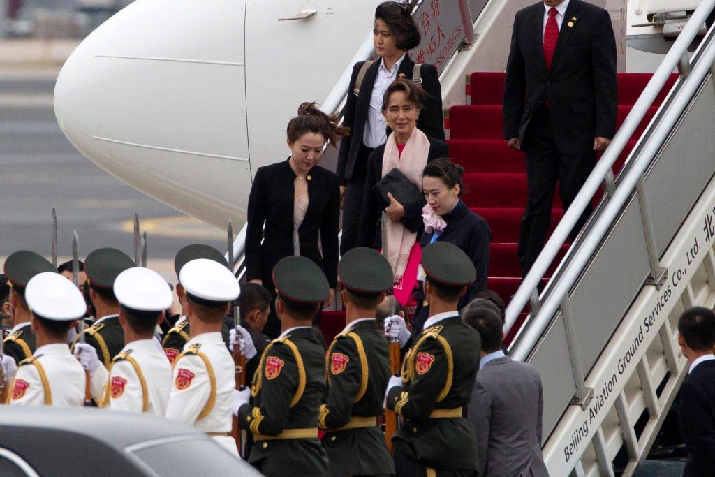 緬甸領導人昂山素季抵達北京。