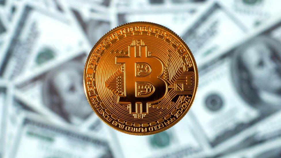 Kripto para yönetmeliği: Dijital parayla ödemelerin yasaklanması ne anlama geliyor, yasaklar kimi et