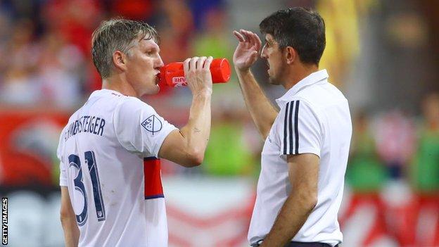 Veljko Paunovic and Bastian Schweinsteiger