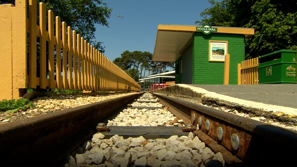 (Miniature) railway staff go on strike