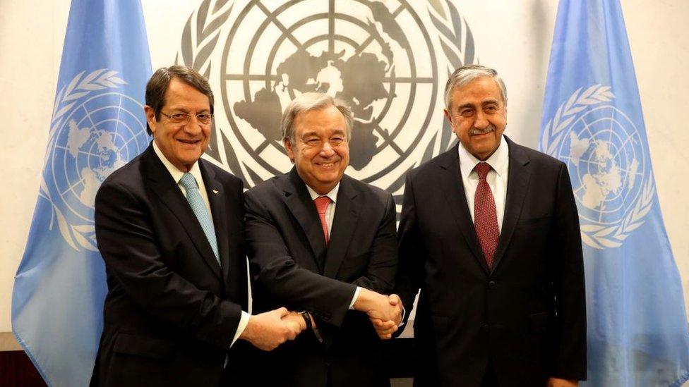 Nikos Anastasiadis, Antonio Guterres ve Mustafa Akıncı.