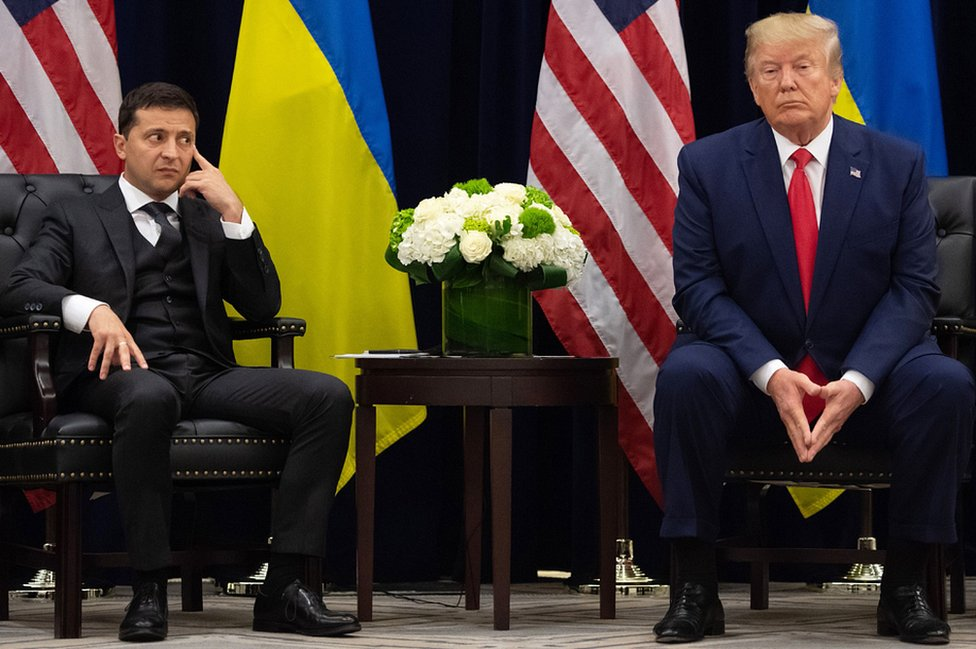 Presidents Zelensky (L) and Trump in New York on sidelines of UN General Assembly, 25 Sep 19