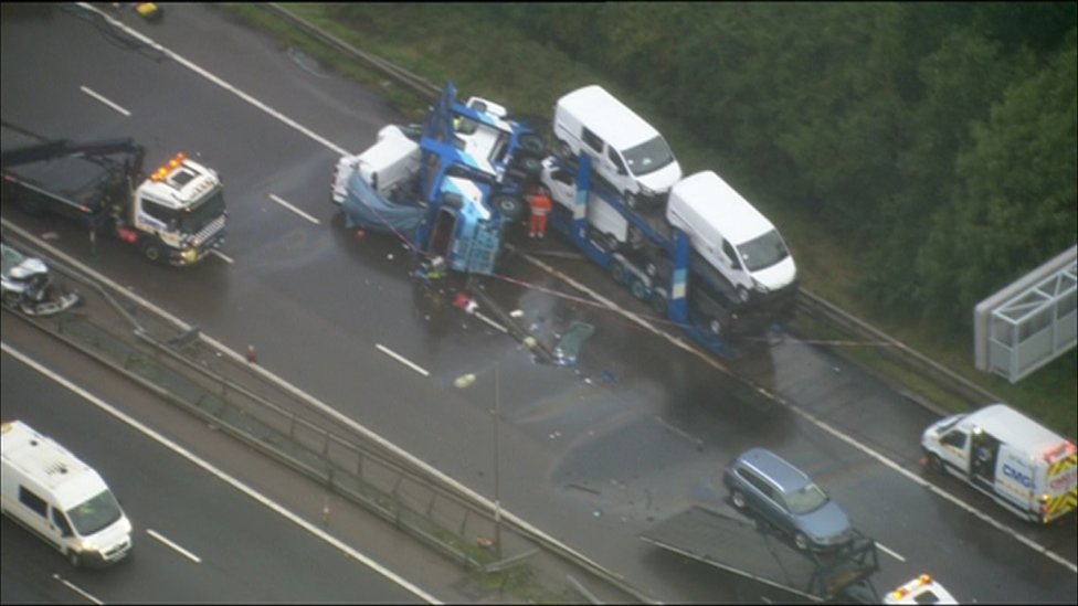M1 transporter driver not at fault over elderly couple's crash death