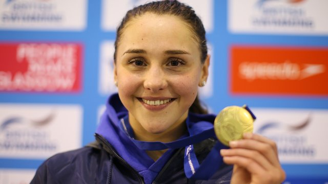 Chloe Tutton with her gold medal from the 200m Breaststroke of the 2016 British Swimming Championships at Glasgow