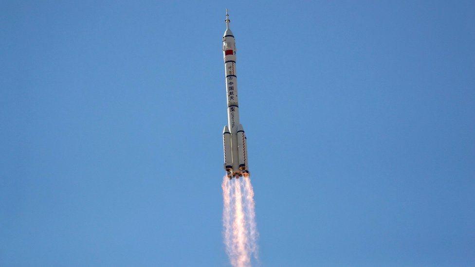 صورة لانطلاق صاروخ فضائي