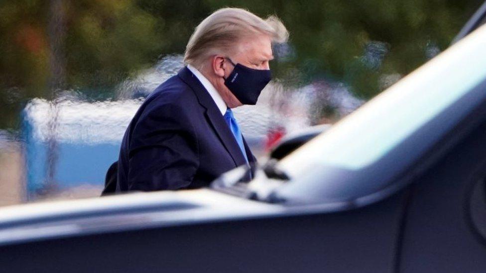 دونالد ترامب يصل إلى مركز والتر ريد الطبي العسكري الوطني