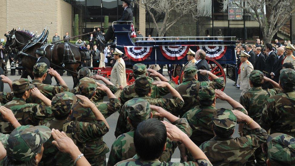 Militares hmong en Fresno, California