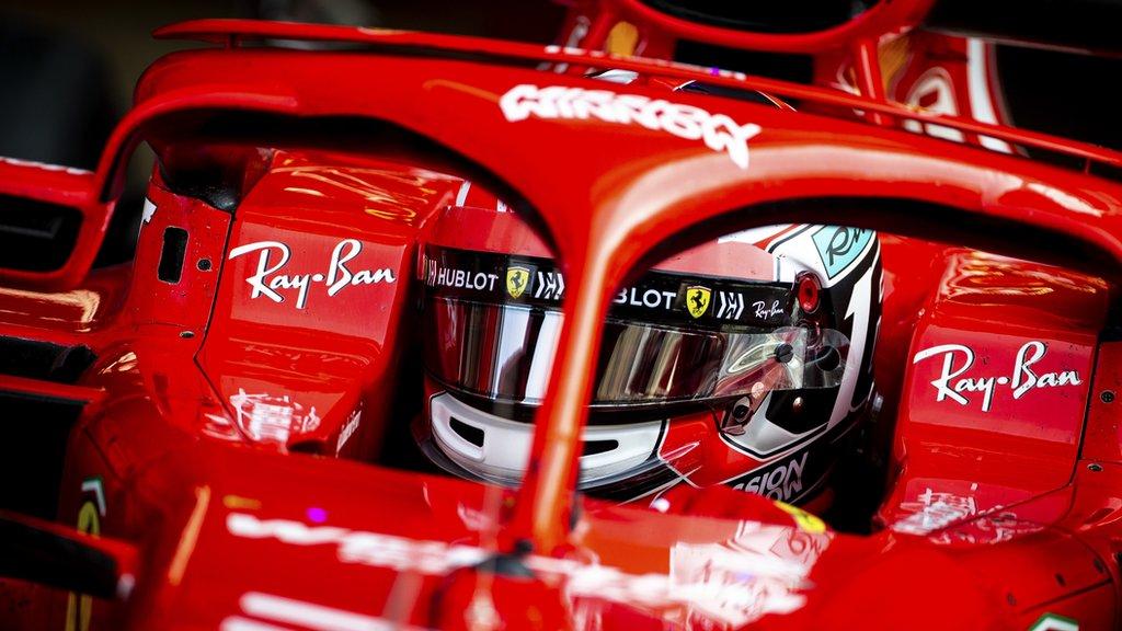 Charles Leclerc en un Ferrari en 2018