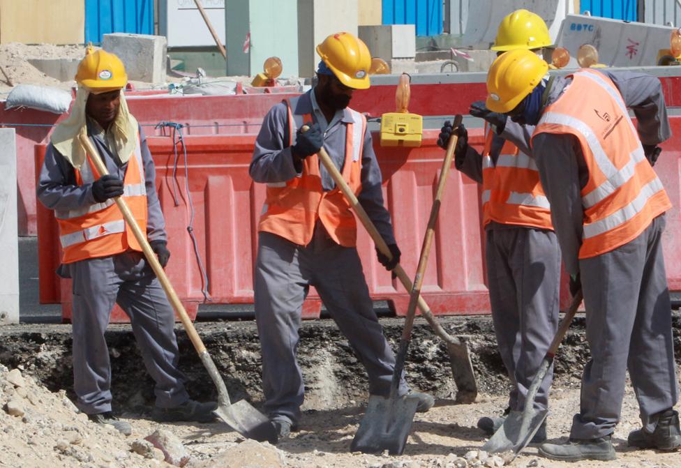 Katar'da göçmen işçiler