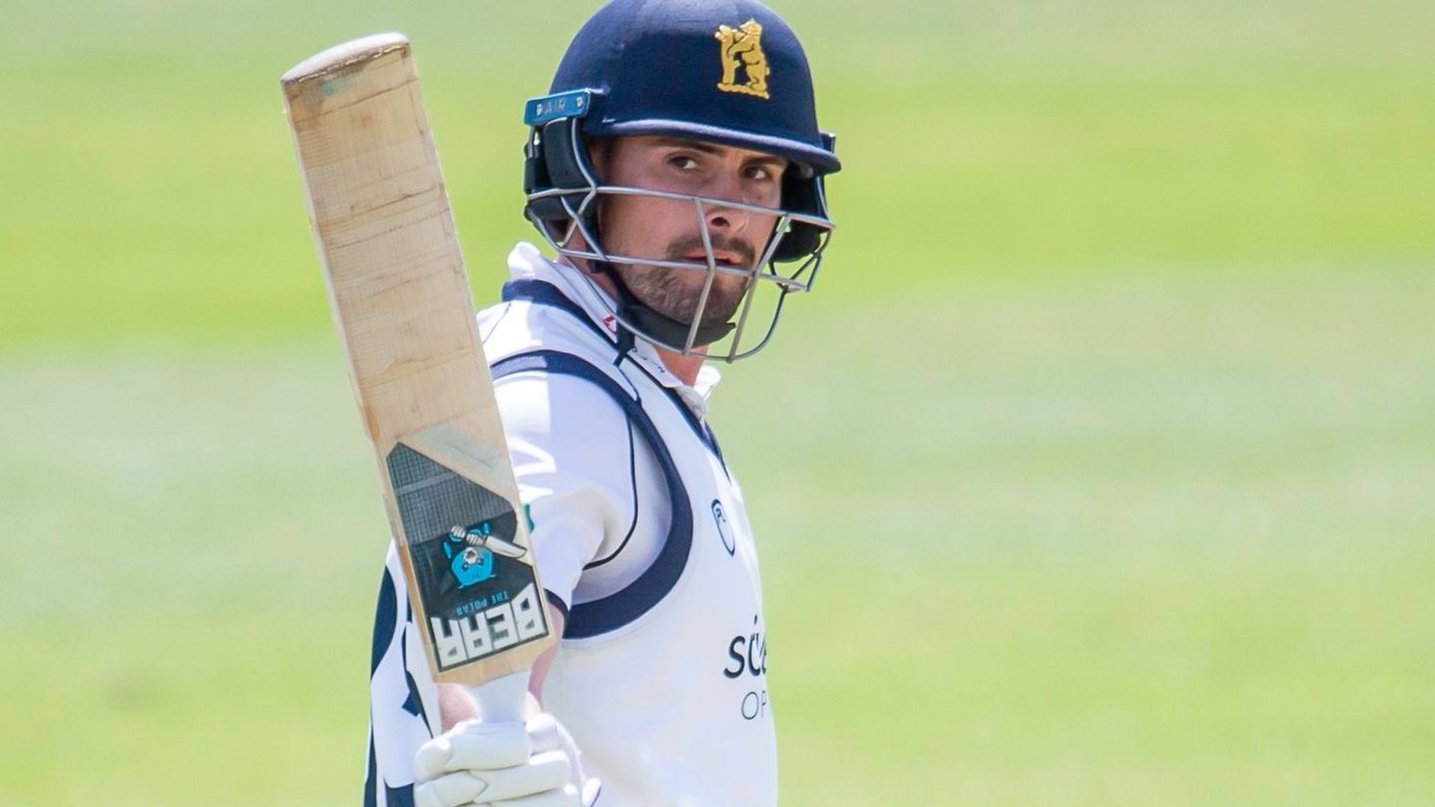County Championship: Warwickshire claim final-day win over Yorkshire