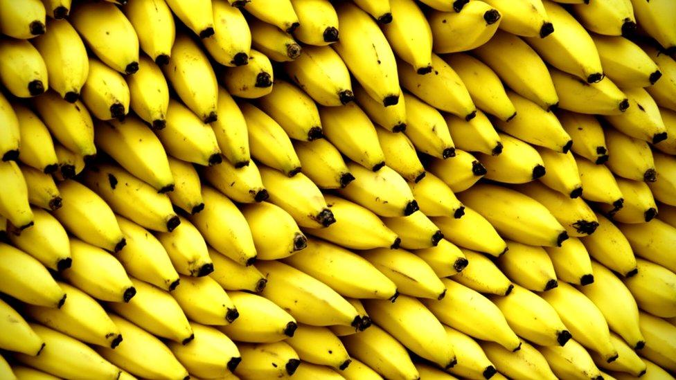 Banane na pijaci