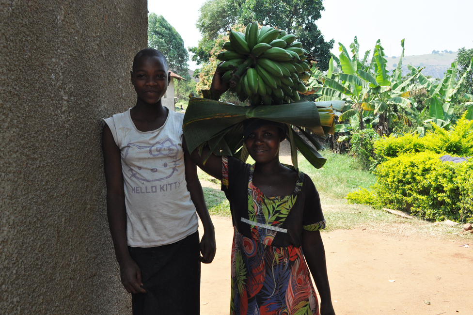 stanovnici sela u uganci