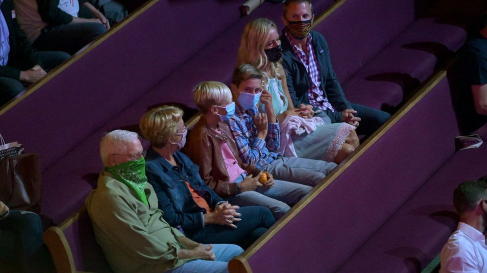 Fans of country music at the Grand Ol Opry