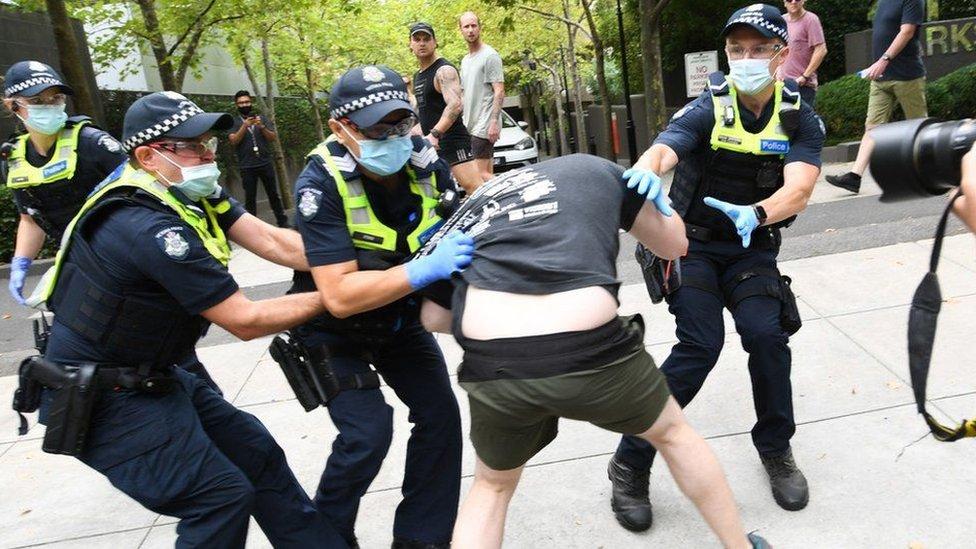 مظاهرات في أستراليا ضد لقاح كورونا