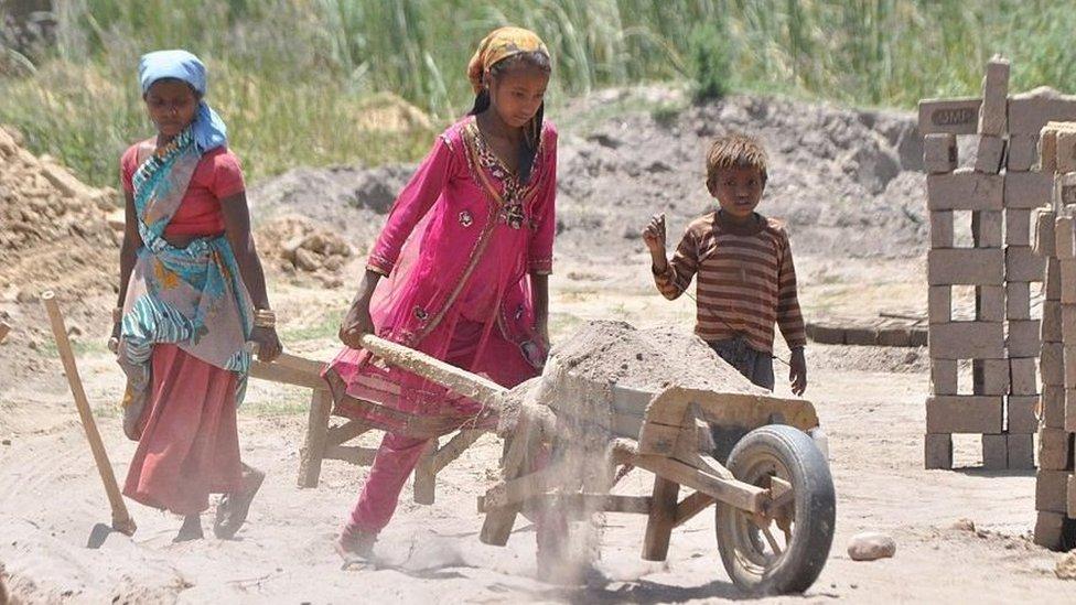 ضحايا عمالة الأطفال في العالم أكثر من 150 مليون طفل