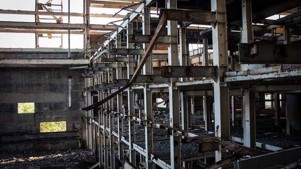 Restos de la planta de Juraguá.