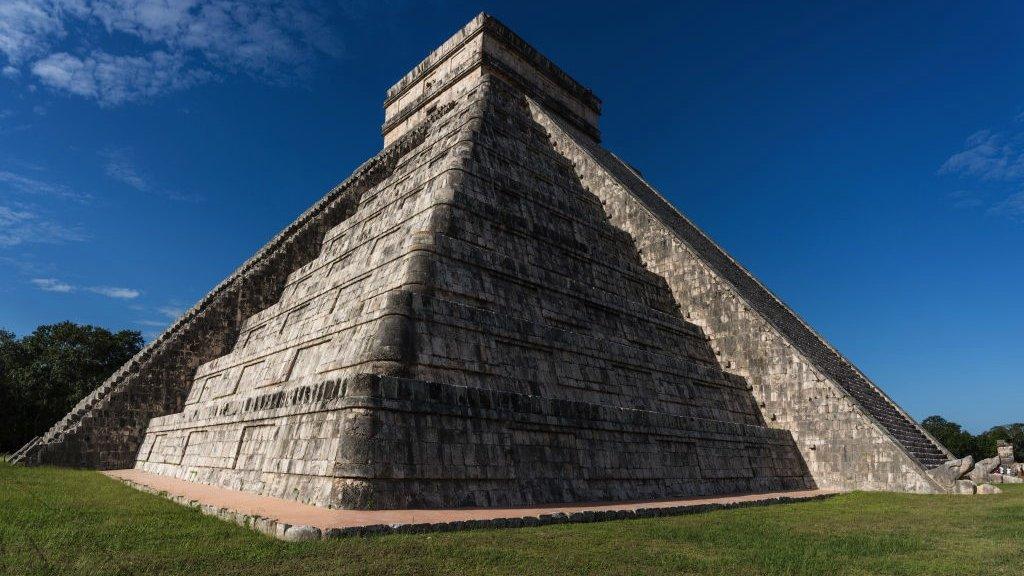 احتسبت حضارة المايا في عمارتها حركة الشمس ترحيباً بنزول الثعبان المجنح