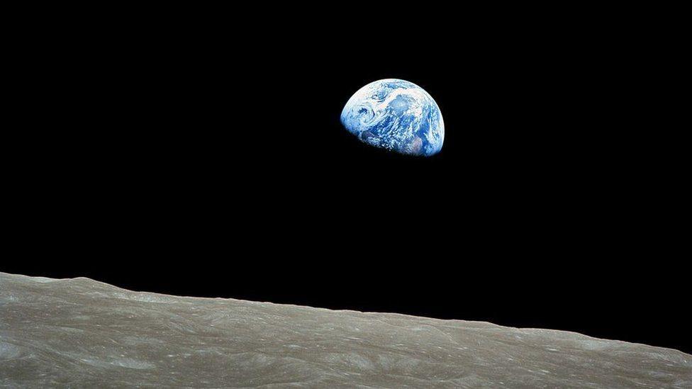 """Imagen conocida como """"Amanecer de la Tierra"""", de diciembre de 1968."""