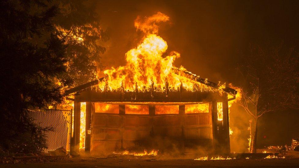 kuća koja gori