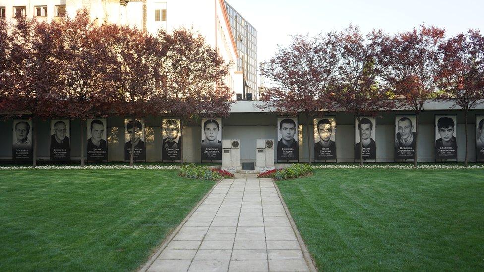 Spomenik stradalima u RTS-u 23.4.1999. godine, Beograd