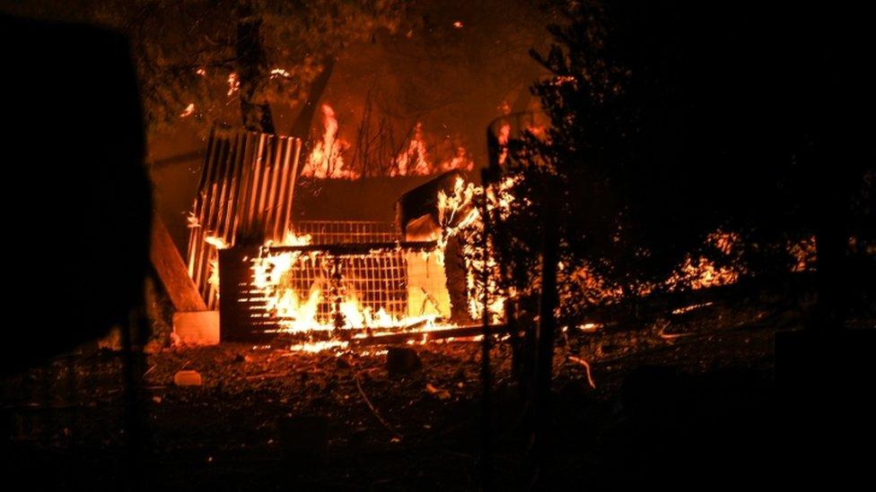 Kuća u plamenu