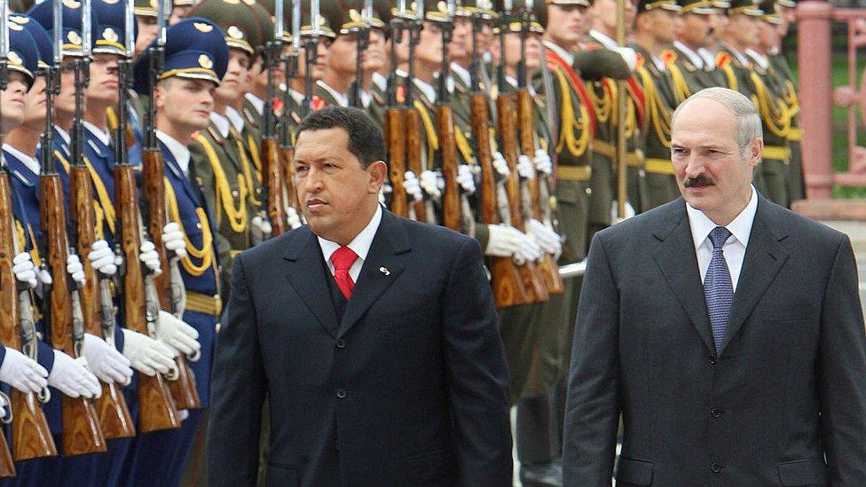 Hugo Chávez y Aleksandr Lukashenko
