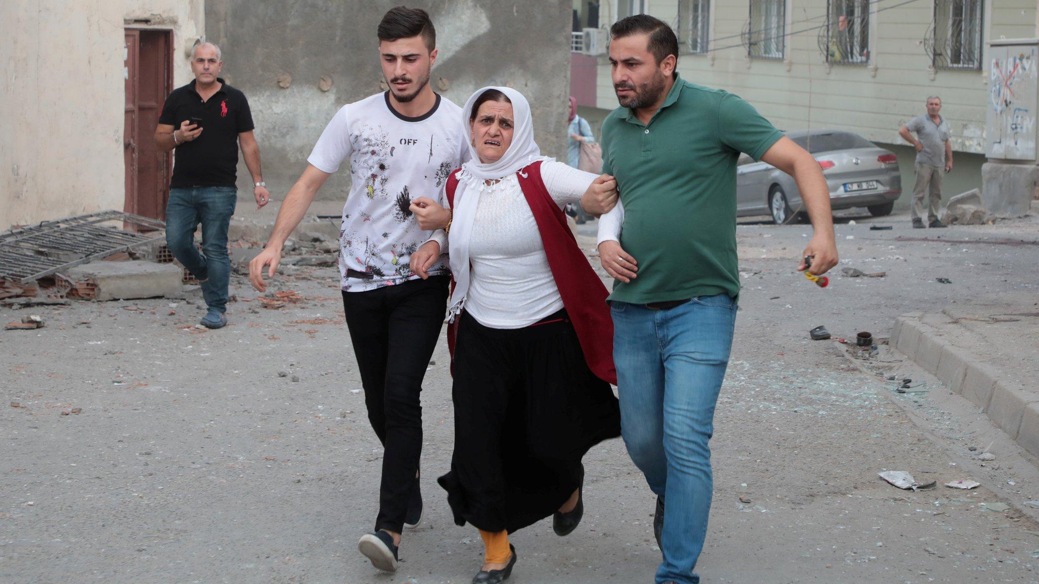العملية التركية في سوريا: سقوط عشرات القتلى مع احتدام القتال