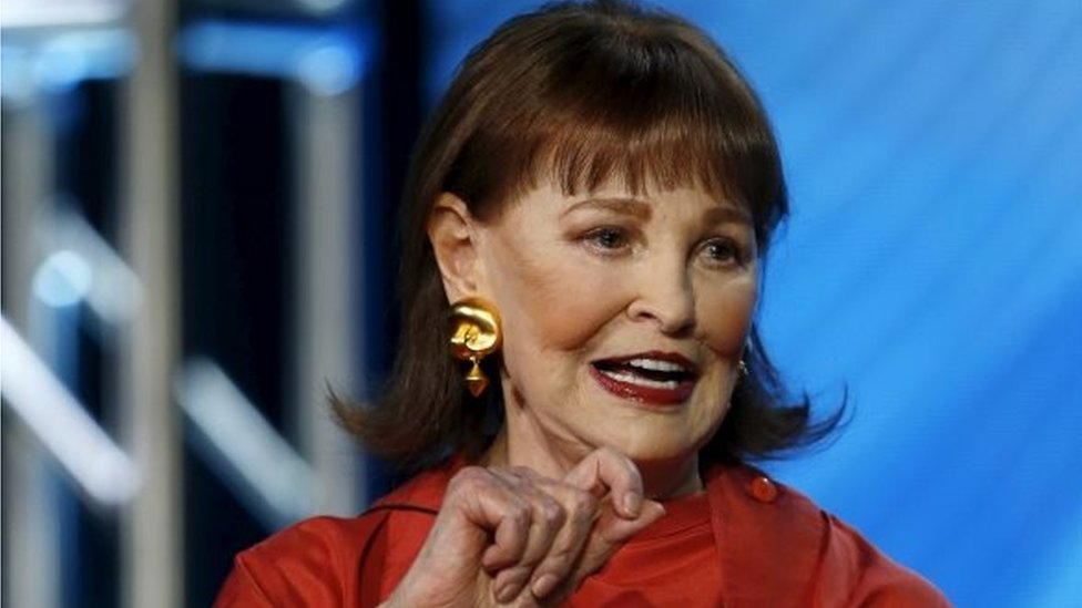 Gloria Vanderbilt: US fashion icon and heiress dies aged 95