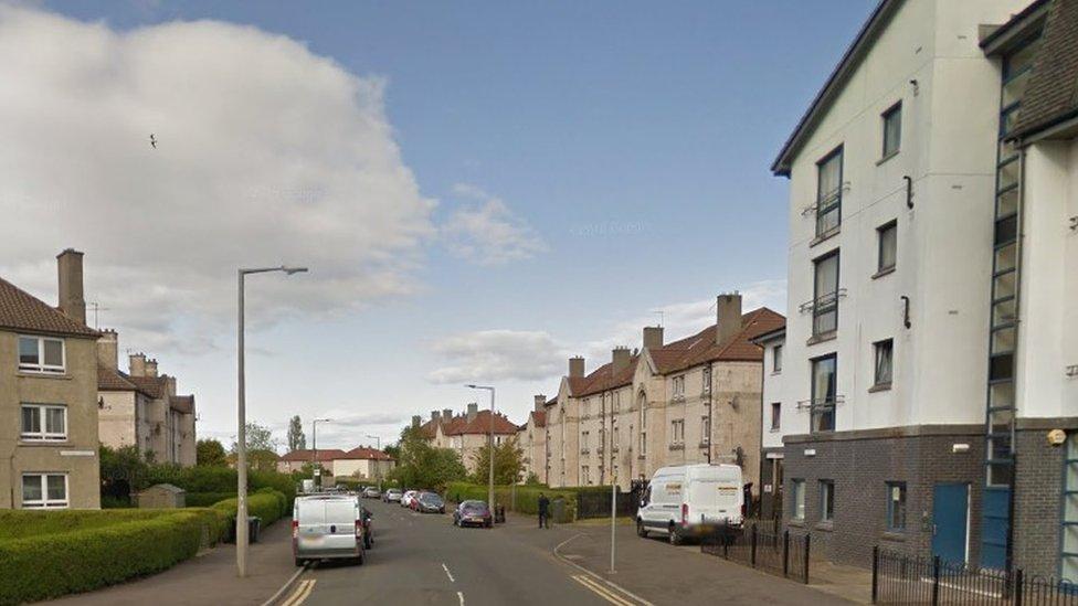 Three in hospital after Edinburgh flat fire