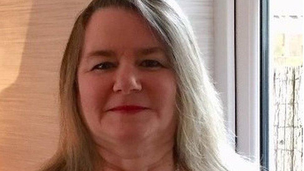 Kilwinning woman dead after Harley Davidson trike crash