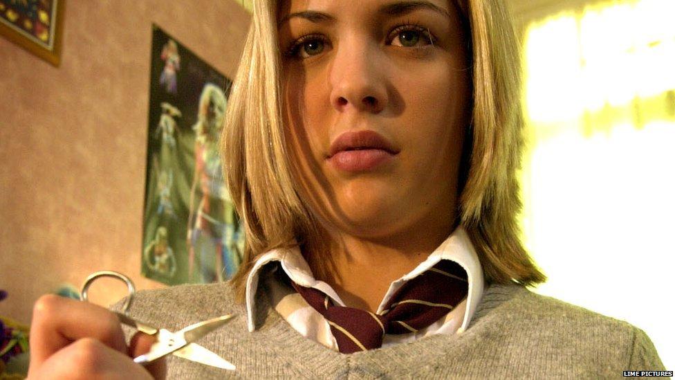 Gemma Atkinson as Lisa Hunter