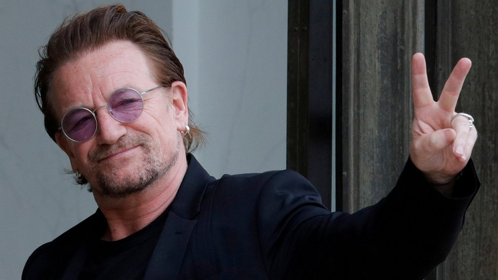 Боно на концерті у Берліні втратив голос
