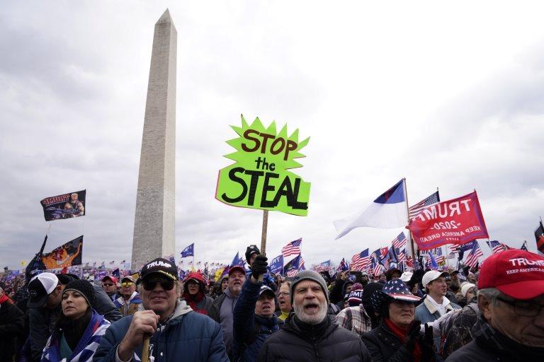 Partidarios de Trump en un mitin en DC