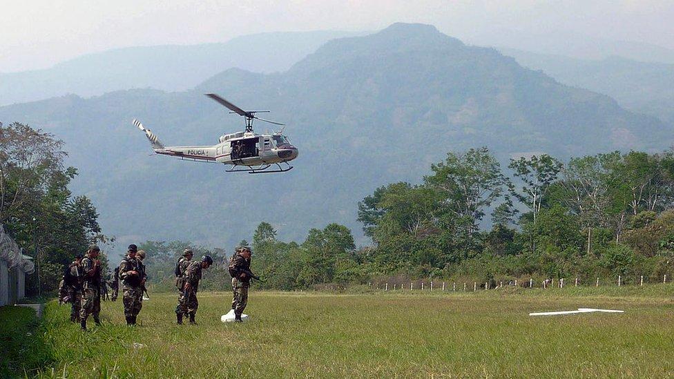 Helicóptero en el VRAEM