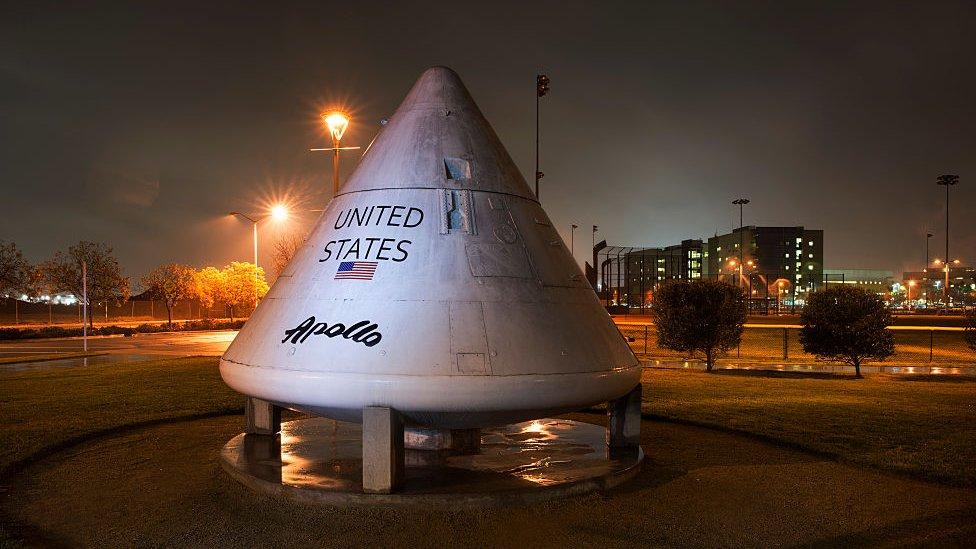 Un módulo de prueba del programa Apolo es ahora un monumento en Downey.