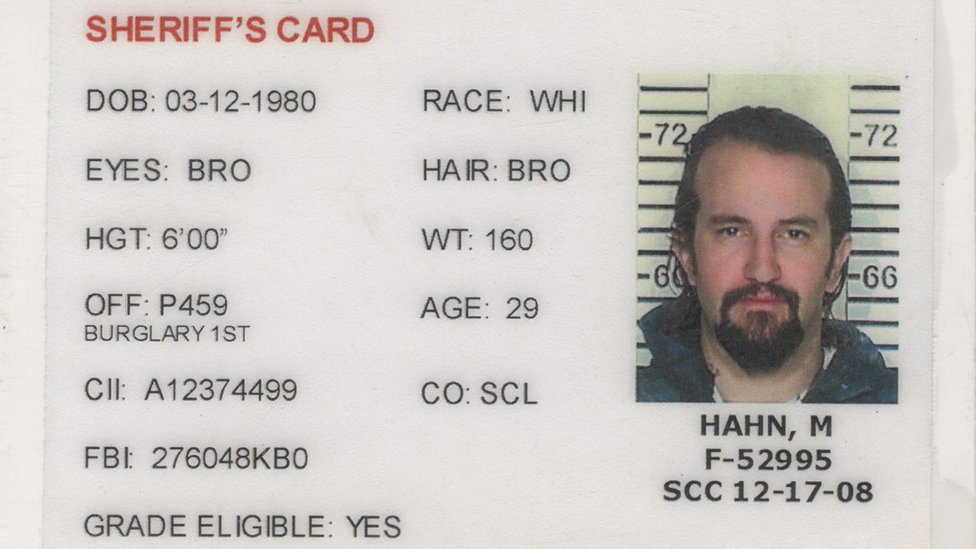 Documento de arresto de Matt Hahn